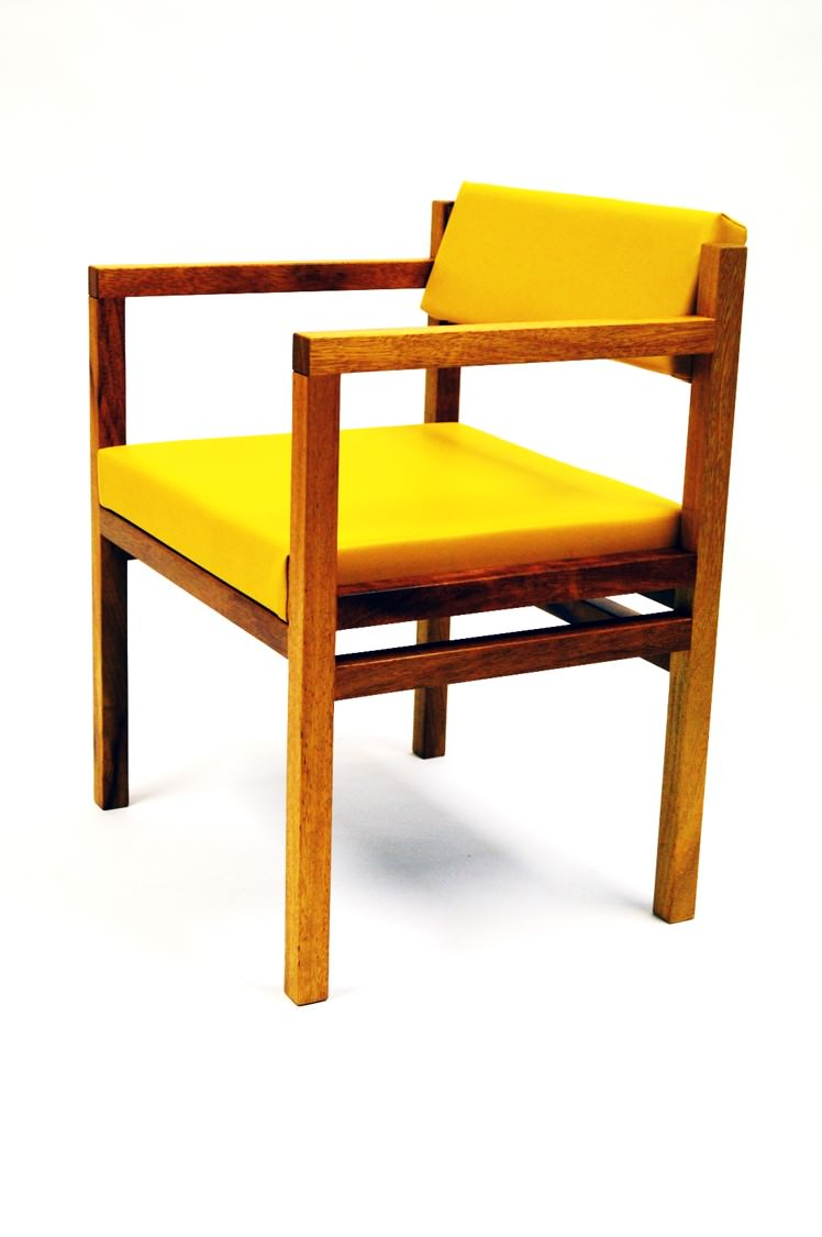 IB the govan exec arm chair