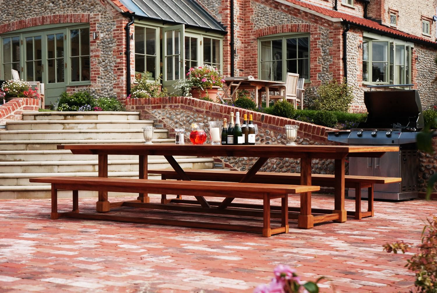 Handmade Garden Banqueting Table 12-14 Seater